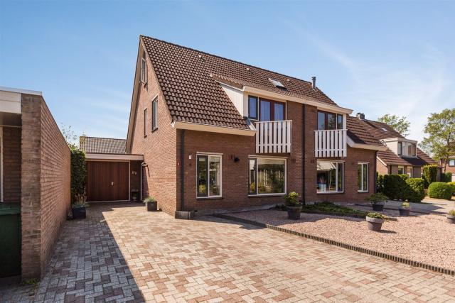 De Beugel 8, Hoogeveen