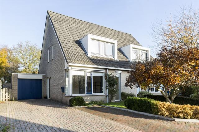 De Garve 28, Hoogeveen