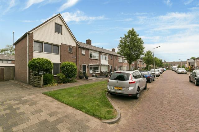 Goltguldenstraat 1, Hoogeveen