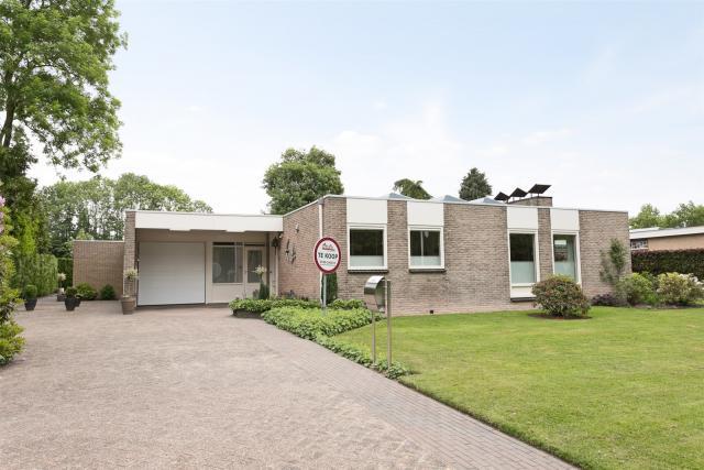 Kastanjelaan 5, Hoogeveen